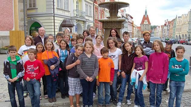 Součástí celodenního programu byla i návštěva Domažlic.