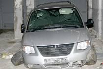 Takto dopadl vůz, který cizinec ukradl.