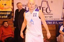 Posila basketbalistů Jiskry Domažlice Erik Eisman.