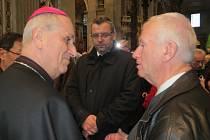 Z předání vánočního stromu z Domažlicka ve Vatikánu.