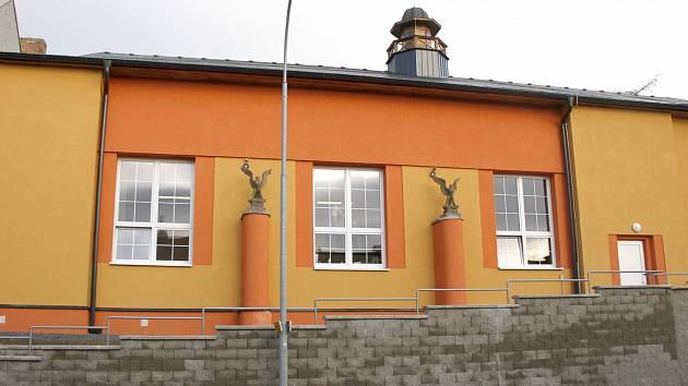 Rekonstrukce sokolovny byla jednou z největších akcí současného zastupitelstva.