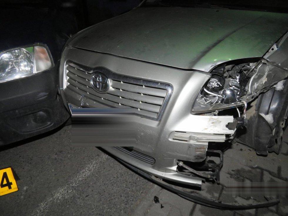 Fotky z nehody ve Staňkově.