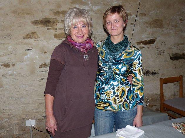 Marta Vojtíková (zleva) a Zuzana Uhrová.