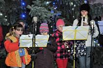 Rozsvícení vánočního stromu v Holýšově.