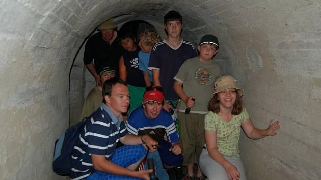 Děti z merklínské speciální školy navštívily domažlické podzemí.