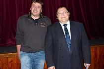 V ČELE POBĚŽOVIC BUDE POKRAČOVAT TENTO TANDEM – starosta Hynek Říha (vpravo) a místostarosta Pavel Veselák.