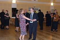 Na městském plese ve Kdyni se výborně bavili.