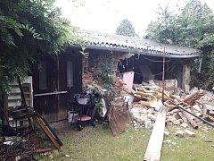 Výbuch v přístavku rodinného domu.