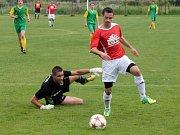 Z utkání krajského přeboru mezi FC Dynamo H. Týn a Slavojem Stod.
