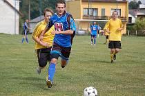 Z fotbalového memoriálu pořádaného oddílem ZD Meclov v Třebnicích.