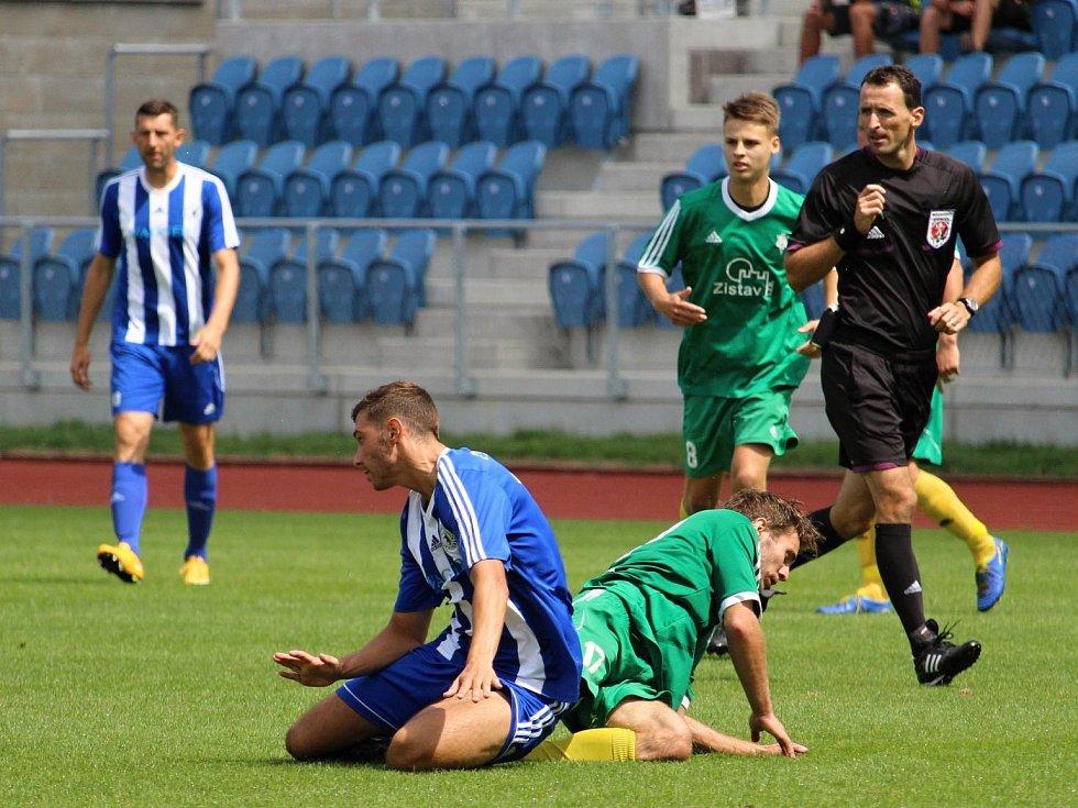 Fotbalisté Jiskry Domažlice ve druhém přípravném utkání hostili 1. FC Karlovy Vary.