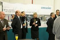 Ze dne otevřených dveří a oficiálního otevření nového školícího střediska ve firme Gerresheimer Horšovský Týn.
