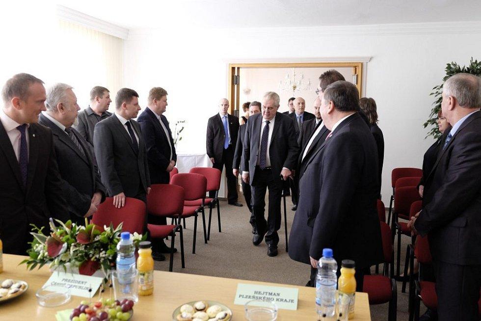 Prezident Miloš Zeman na radnici v Holýšově.