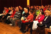 Z ustavujícího zasedání zastupitelstva v Horšovském Týně.