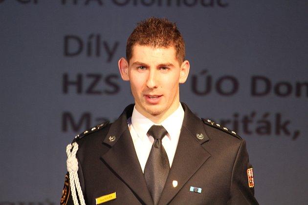 Hasič Pavel Kouřík.