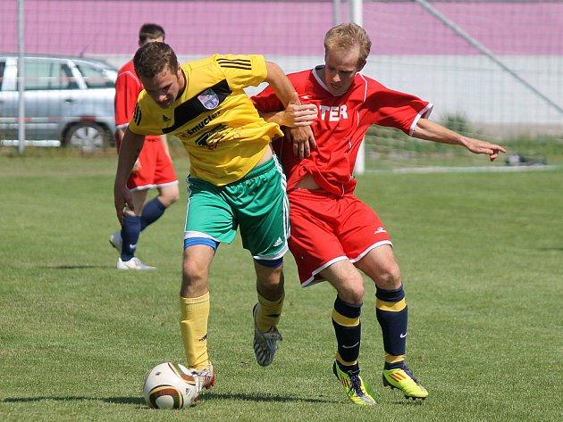 Týnské Dynamo má v kádru hráče minimálně divizní úrovně. Přesto v krajském přeboru nedokázalo vstřelit poslednímu týmu krajského přeboru Baníku Stříbro gól a hanebně podlehlo v penaltovém rosztřelu.