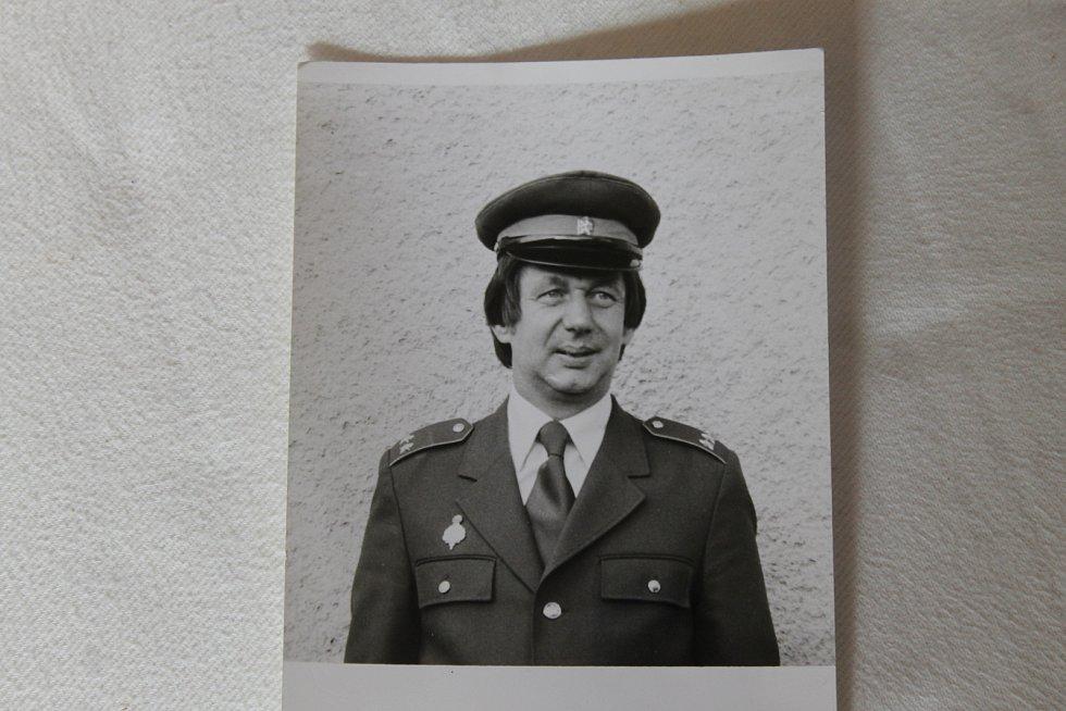 JIŘÍ KLIMENT v době, kdy působil jako 1. velitel domažlické požární stanice (rok 1986).