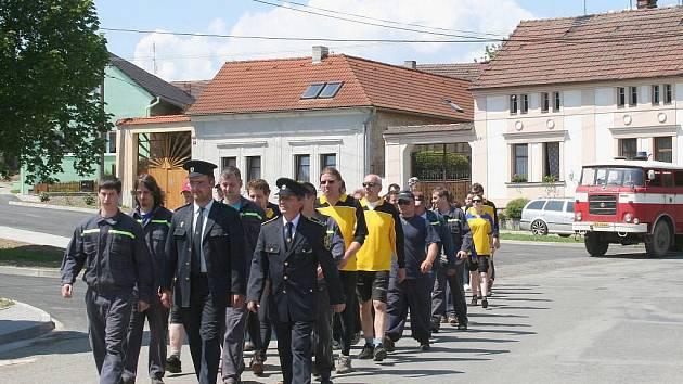 Oslavy výročí založení sboru puclických hasičů a okrsková soutěž.