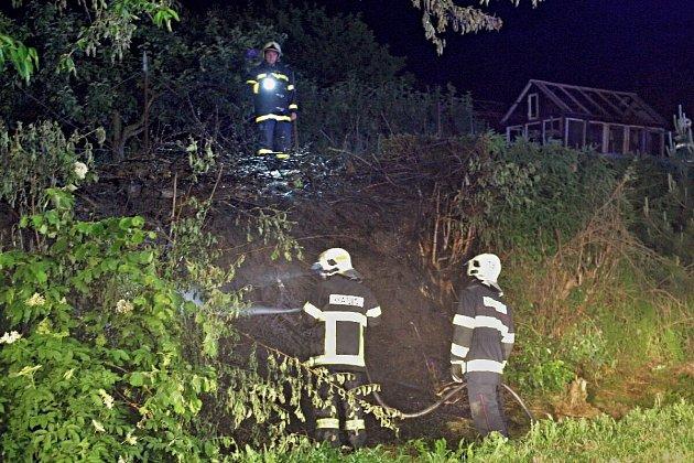 V Klenčí pod Čerchovem hořela mez.