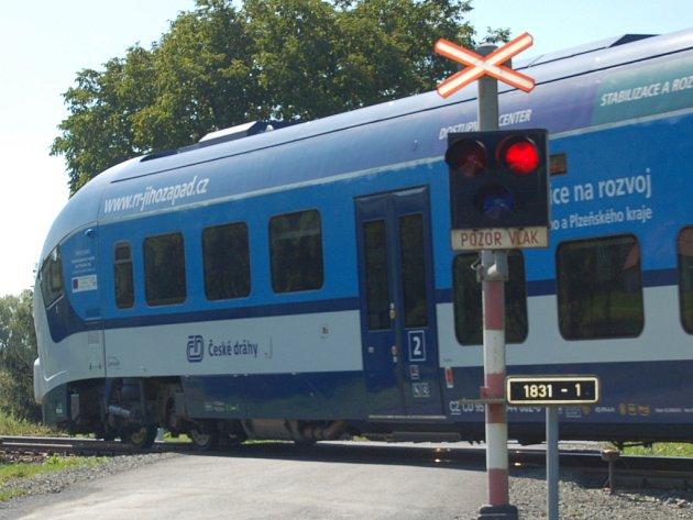 REGIOSHARK. Vlakové soupravy budou o víkendu na trati Domažlice – Plzeň posíleny.