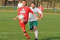Sousedské derby ve Stodě. Domácí Slavoj hostil v záchranářském duelu FK Holýšov.