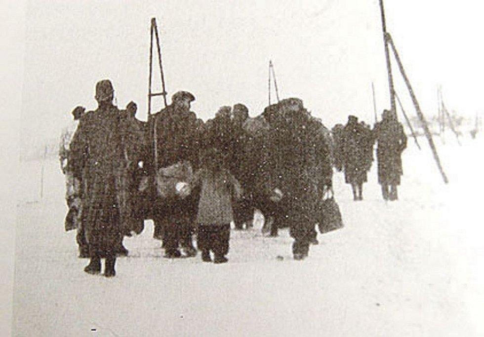Deportace do Terezína.