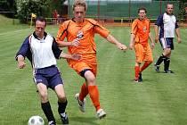 Malé chodské derby. Fotbalisté Spartaku Klenčí B podlehli v utkání se Sokolem Mrákov B 1:2.