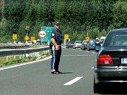 Řada našinců míří na dovolenou do Chorvatska. Můžeme se při frontách setkat i s policisty jiných zemí.