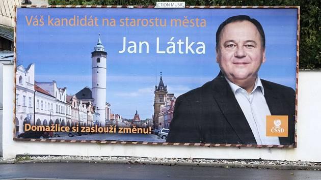 Jan Látka kandiduje na starostu Domažlic.