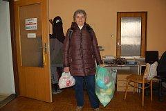 2b878c88508 Ženy ze Kdyně pletou pro malá miminka. Pomáhají i čtenáři Deníku