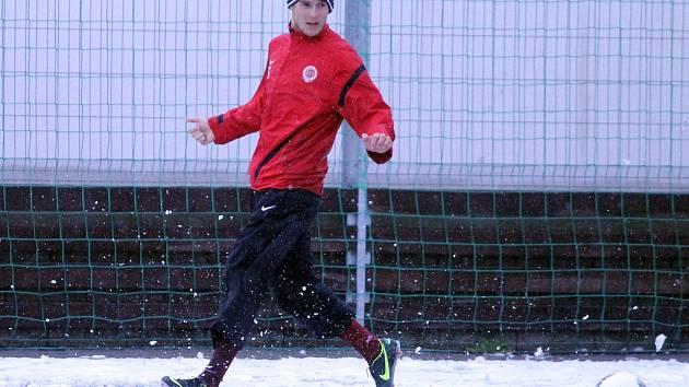 Fotbalisté Sparty Praha B si na umělce v Domažlicích pouze zatrénovali, utkání na hlavním hřišti bylo odloženo.