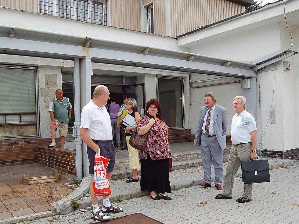 Z předávání areálu celnice ve Folmavě.