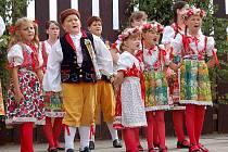 Nejmladší mrákovští zpěváci a tanečníci ze souboru Mráček, svěřenci Marie Johánkové, kteří znamenají budoucnost Chodského souboru Mrákov, se dočkají vlastní kapely.