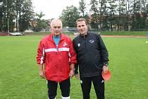 Trenér Pavel Vaigl (vpravo) na snímku z dob, kdy na Střelnici působil ještě jako asistent trenéra Zdeňka Michálka.