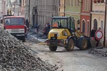 Rozkopané Domažlice. Vodní ulice, červen 2012.