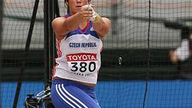 Lenka Ledvinová.