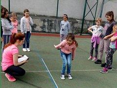 Zábavné odpoledne si užili děti ze školní družiny ZŠ Komenského 17 v Domažlicích.