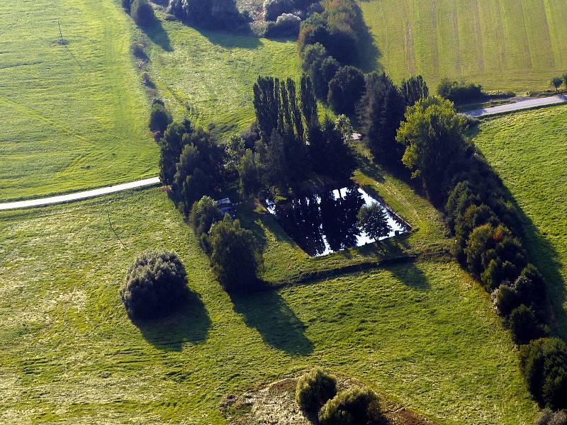 Marek Bažant se zamiloval do létání a fotografování. Oba koníčky spojil dohromady a často dokumentuje Domažlicko.