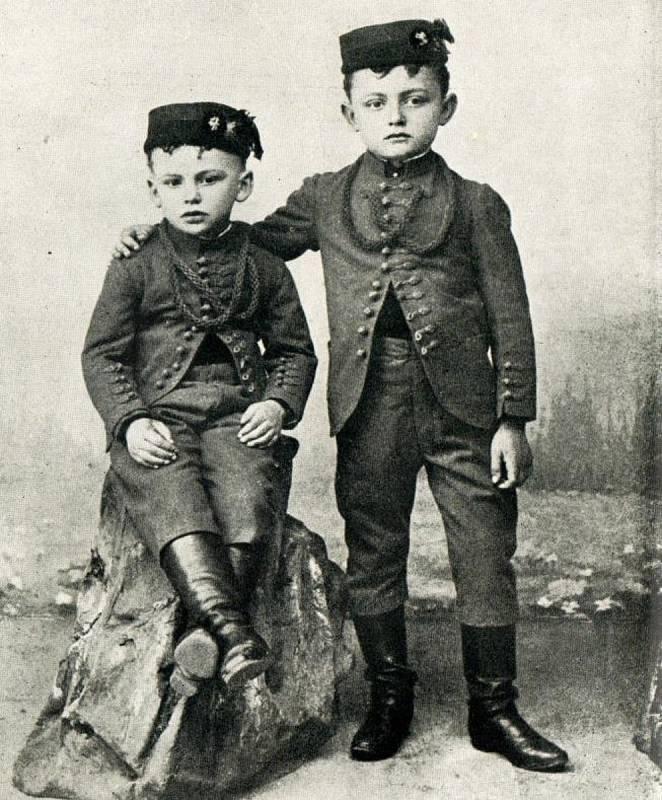 Sokolíci Antonín a František Bořek-Dohalští v roce 1897.
