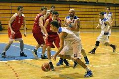 Basketbalisté rezervy Domažlic vyřadili po dvou výhrách z play-off rezervu rivala z Klatov. V semifinále je čeká vítěz základní části, Lokomotiva Plzeň C.