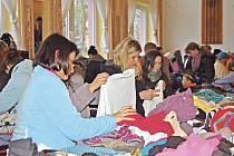 Charitativní bazar v Luženičkách