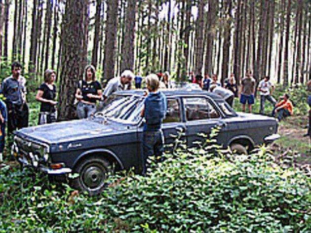 Volha se sto tisíci ukrytá ve lese u Černovic.