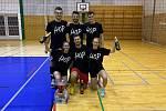 21. ročník tradičního turnaje smíšených družstev ovládl v Klatovech tým Hop (na snímku).