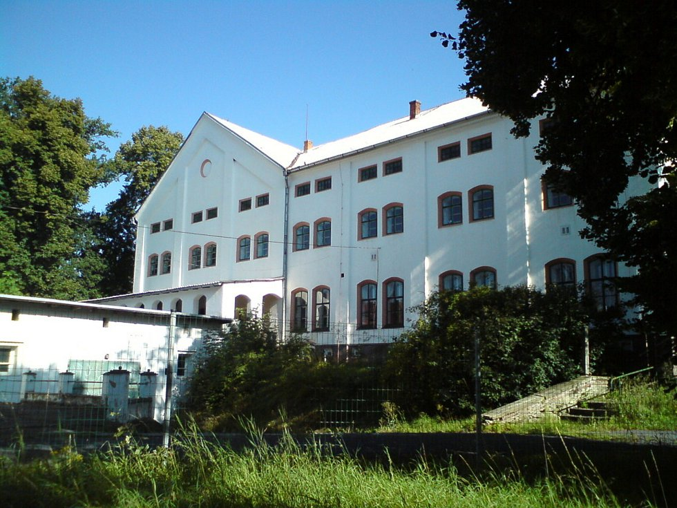 Historie objektu ve Staňkově sahá až do roku 1872.