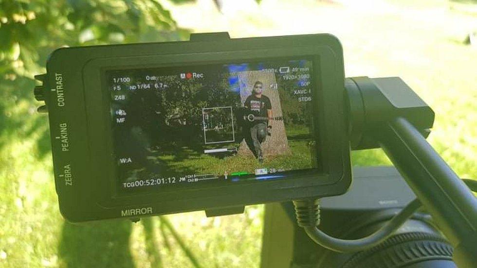 Z natáčení videoklipu.