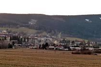 Sníh dal vale Domažlicku ještě před Vánoci, o nic lépe nedopadl Čerchov.