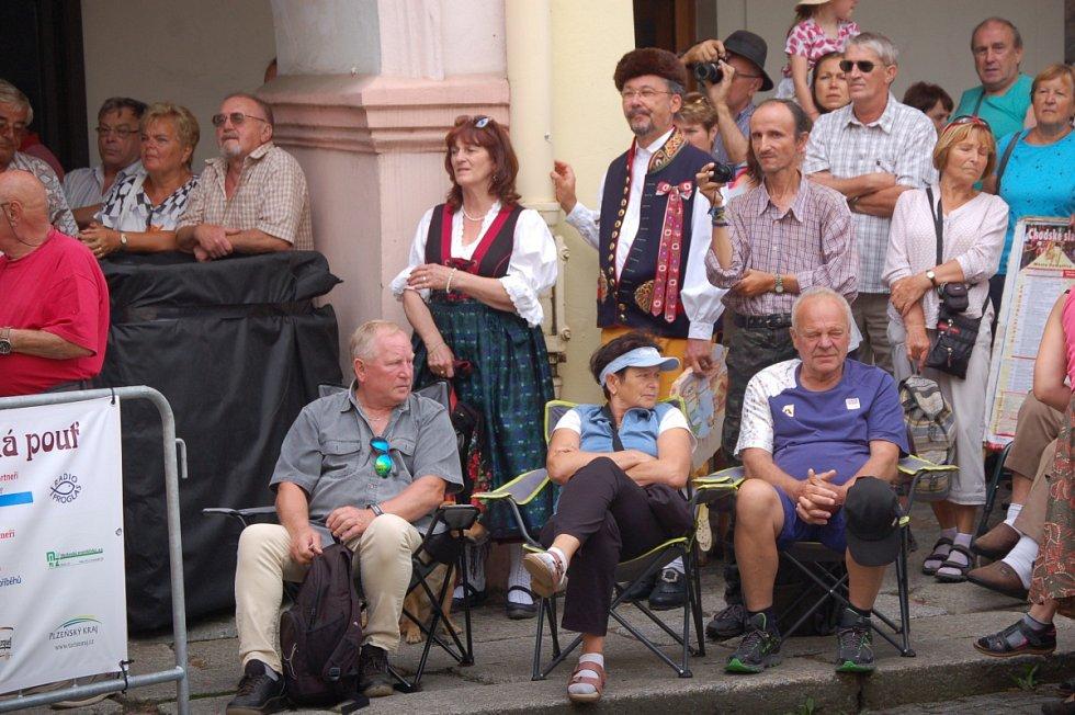 Procházka Chodskými slavnostmi v Domažlicích.