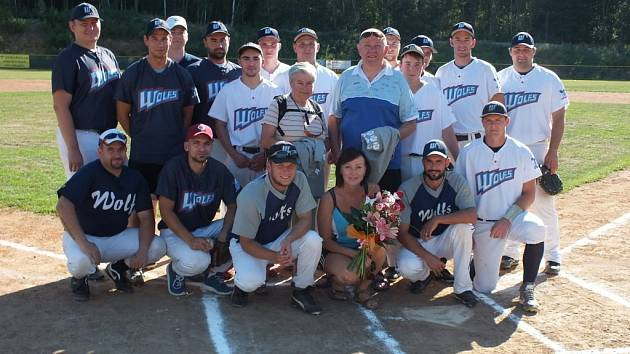 Oslavy dvaceti let existence baseballového a softballového klubu Wolfs Domažlice.