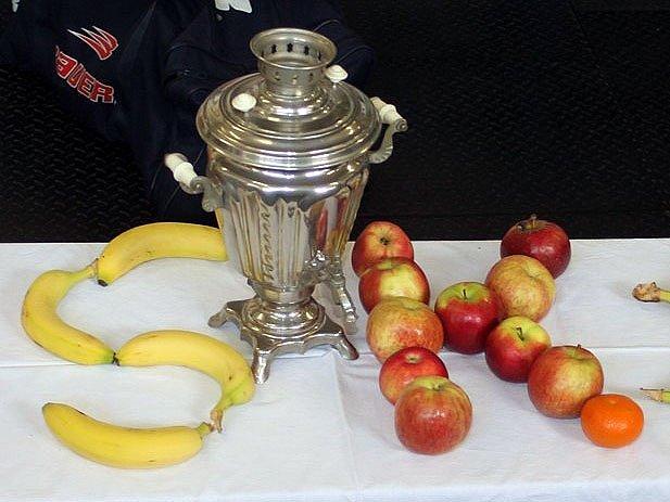Hlavní trofej, o kterou se hraje.