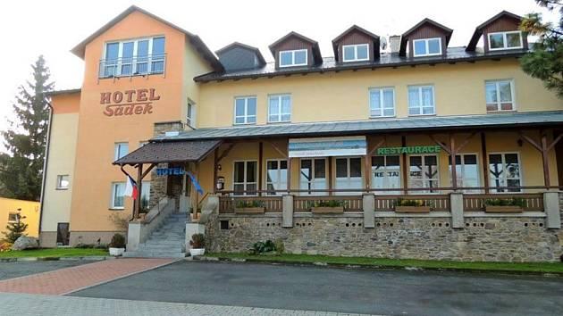 Dílský Hotel Sádek.